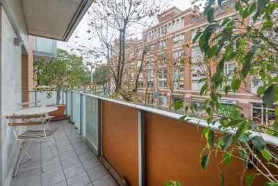 Квартира недалеко от моря с общим бассейном в Барселоне